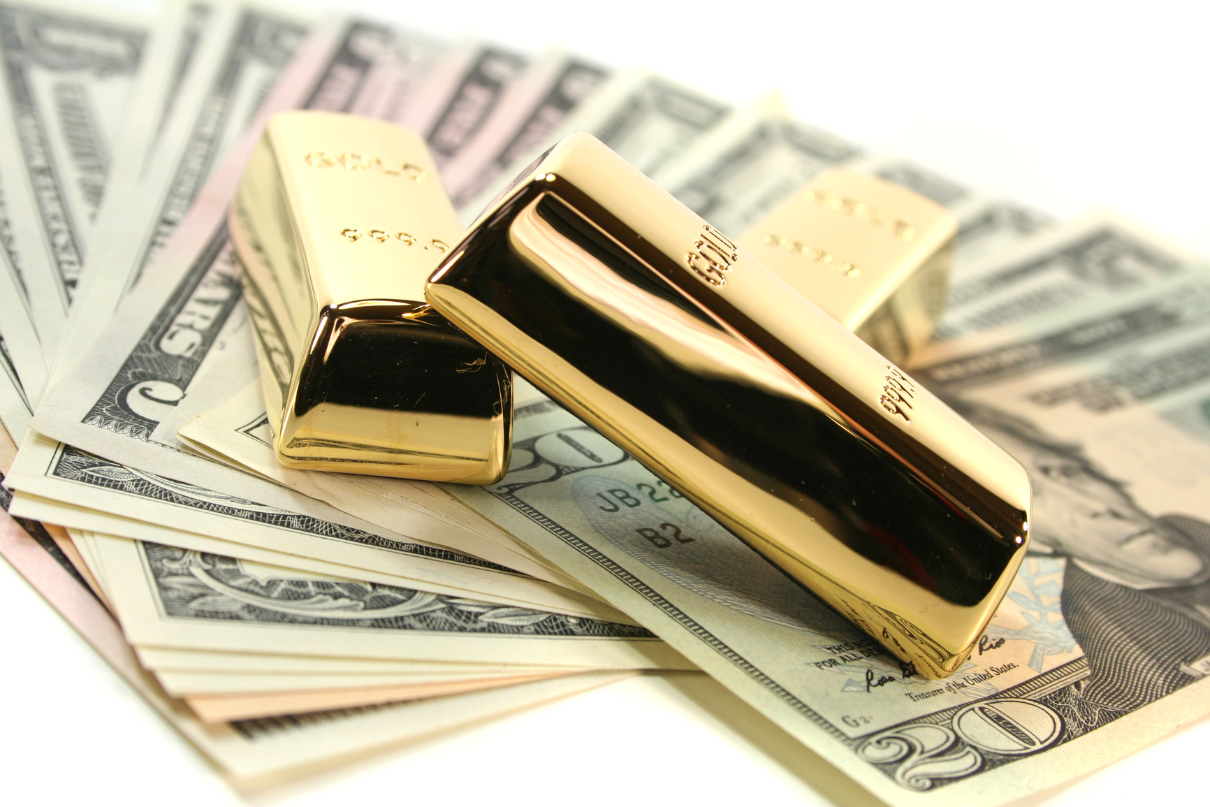 Altın mı Almak Karlı Dolar mı ?